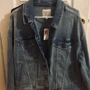 NWT Torrid Denim Trucker Jacket Light Wash